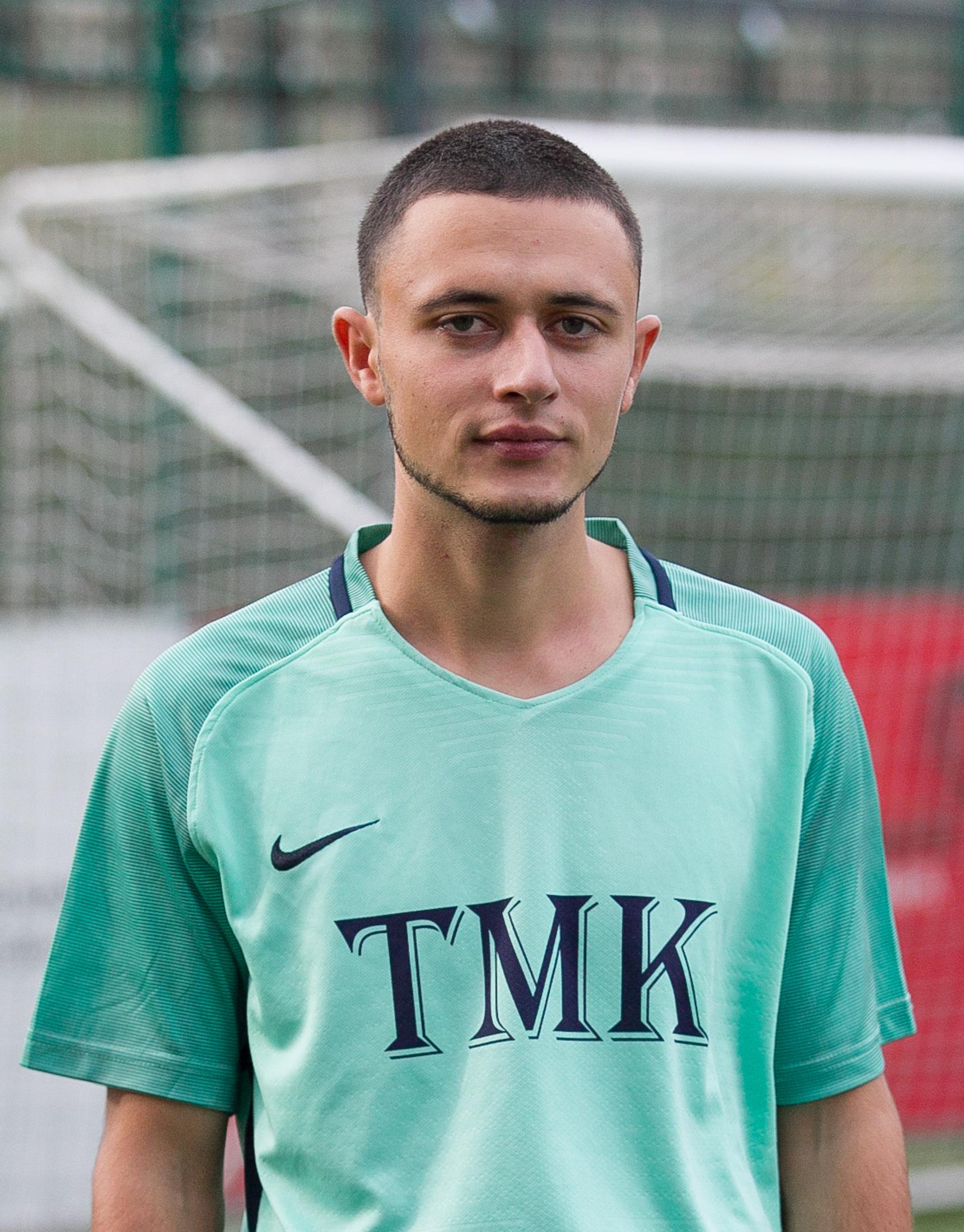 Семенов Виктор