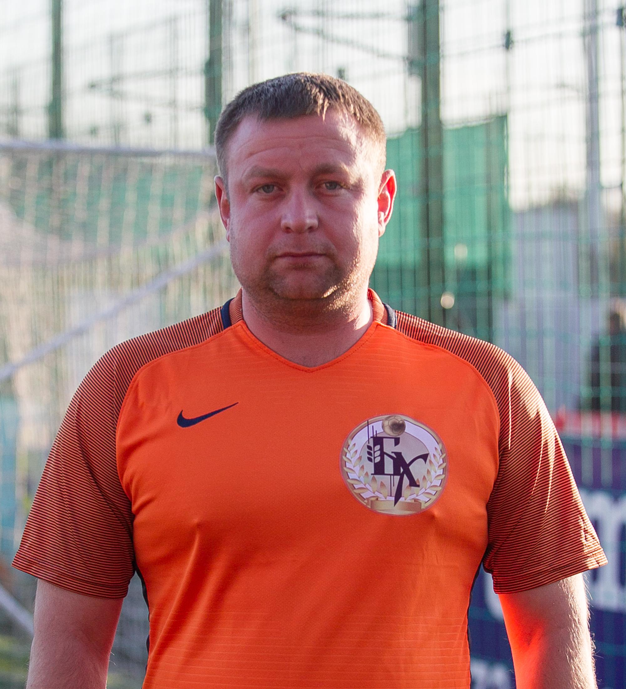 Жумбей Роман