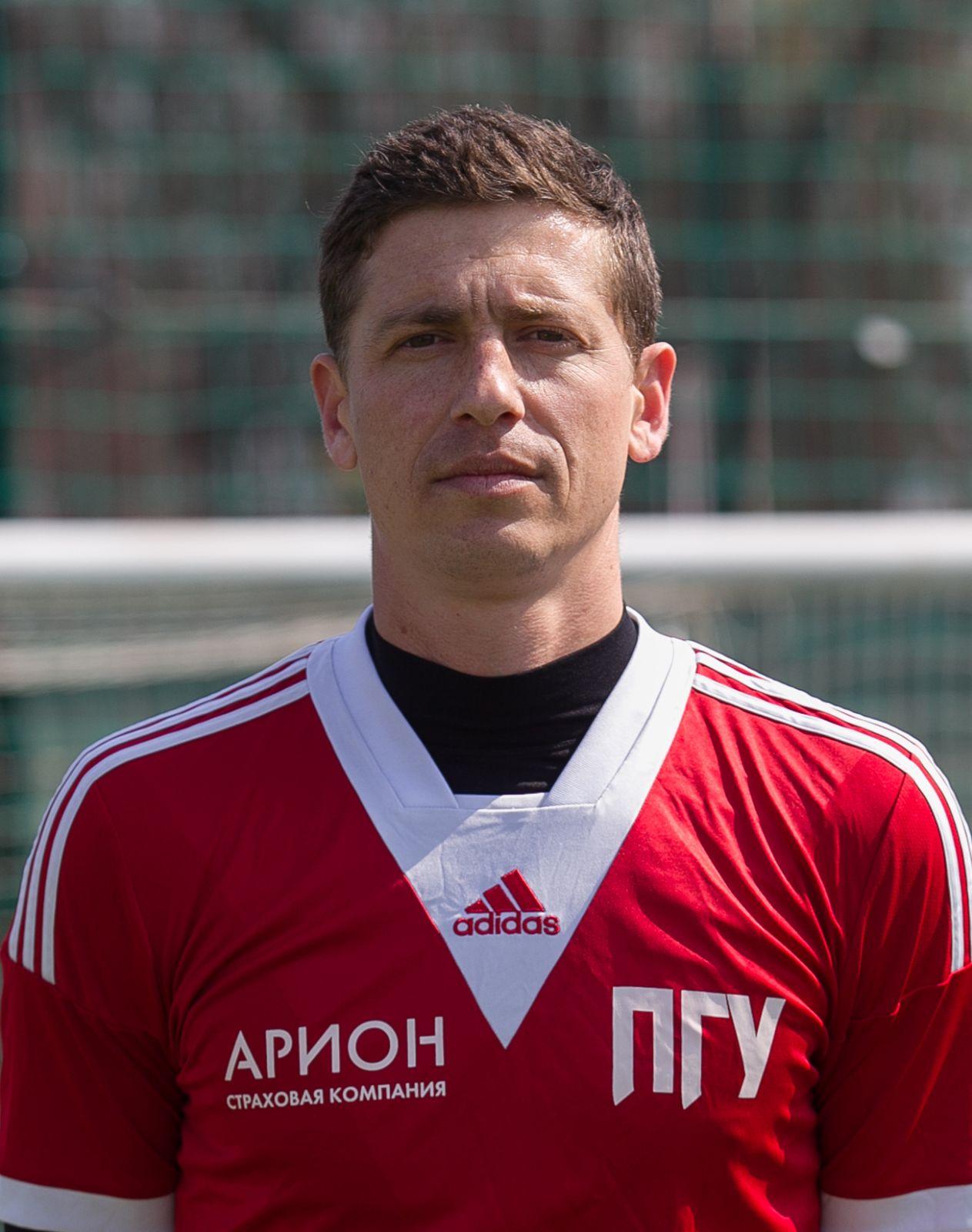Попович Дмитрий