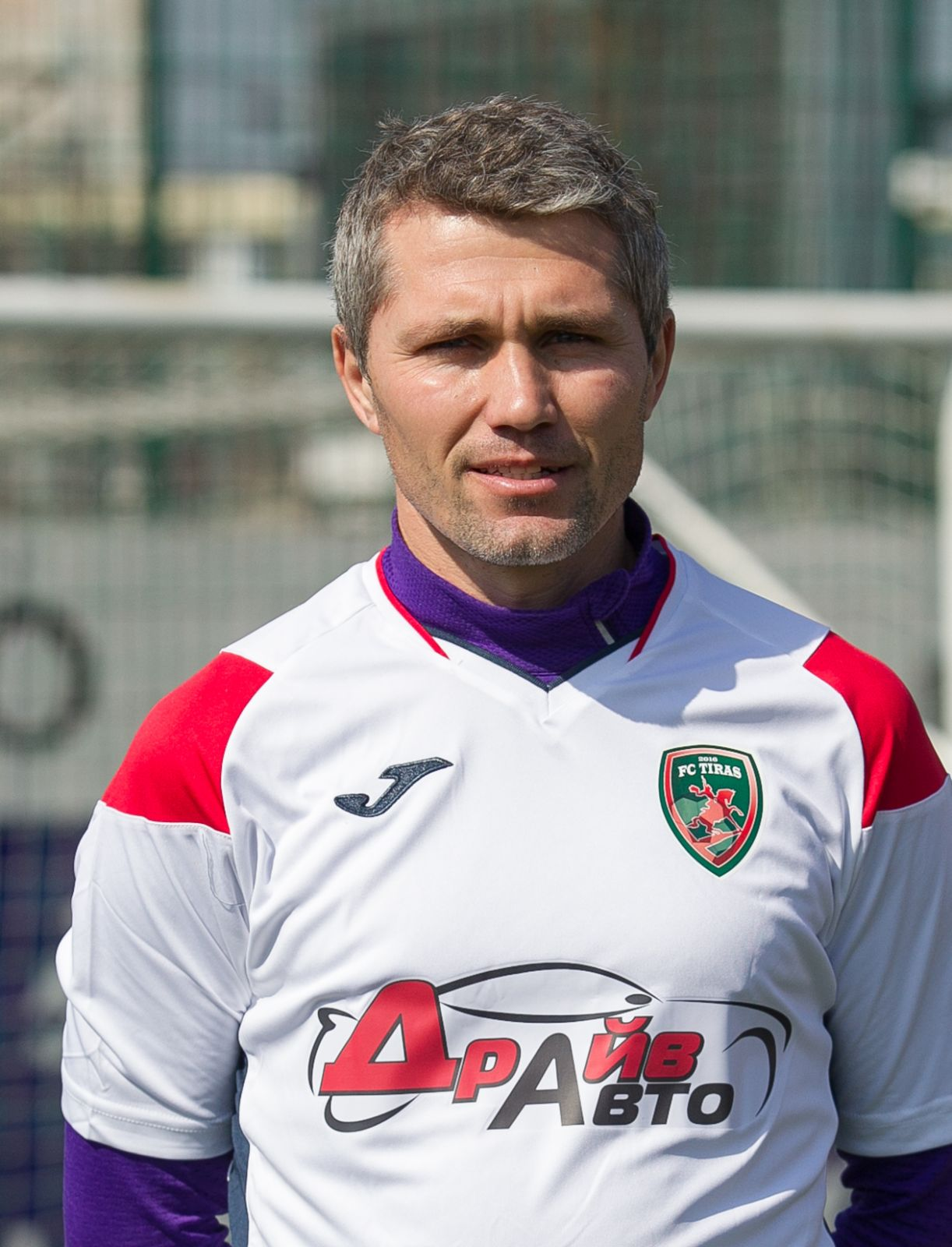 Попов Виталий